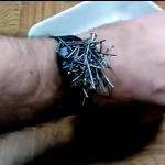 Из старых часов магнитный браслет для крепежа