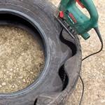 Автопокрышки для поделок и чем их резать?