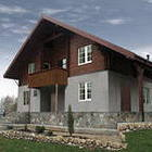 Как построить экономичный комбинированный дом?