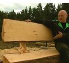 Как изготовить скамейку из кругляка?